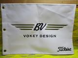 US Vokey Pin Flag-white