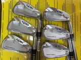 本間ゴルフ TOUR WORLD TW737 Vs